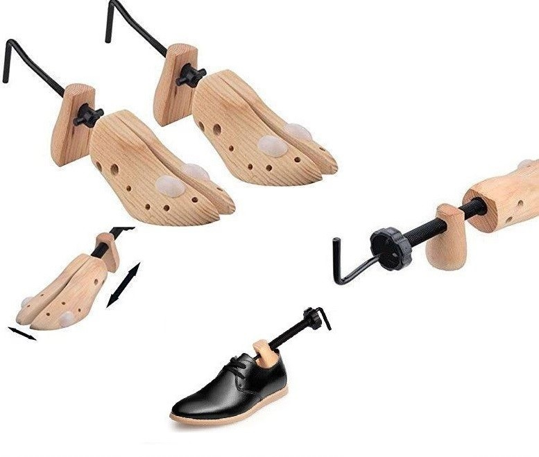 2x Shoe Stretchers